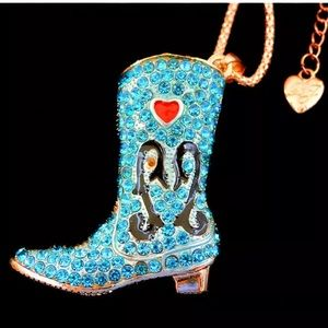 NWT•Betsy Women's Blue crystal boot necklace
